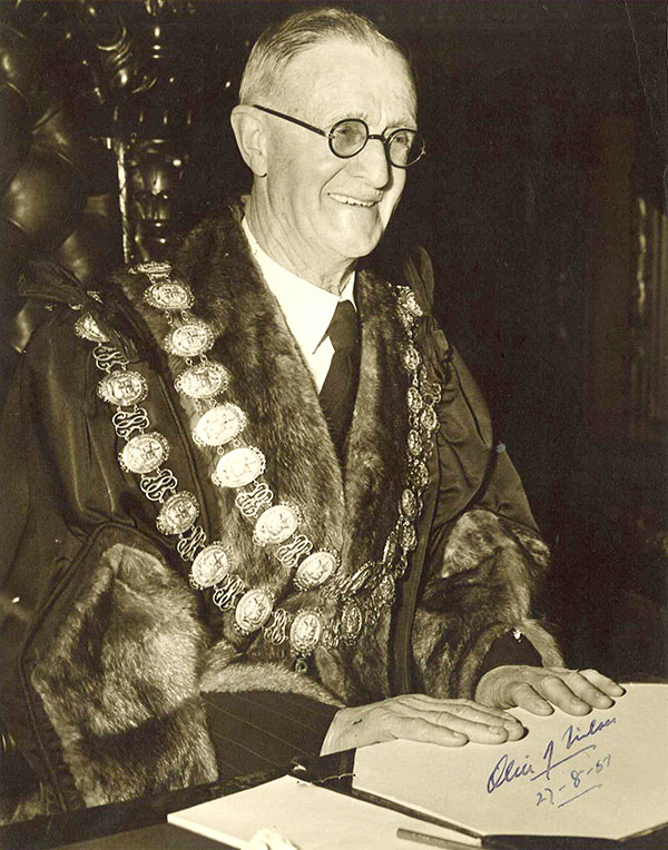 Nilsen's founder was Melbourne's 70th Lord Mayor